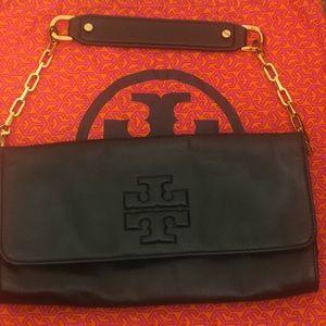 Handbags - Tory Burch clutch - black soft leather